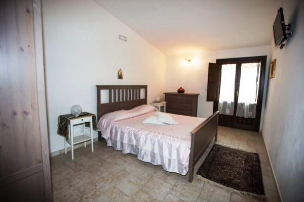bedroom apartment avola