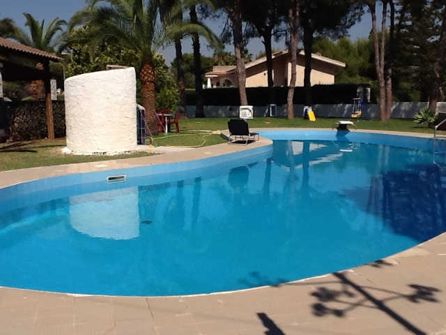 swimming pool detached villa syracuse